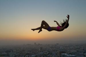 9b329-woman-falling
